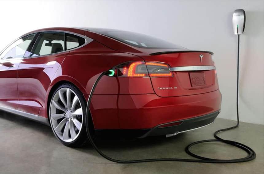 Resetea coches eléctricos