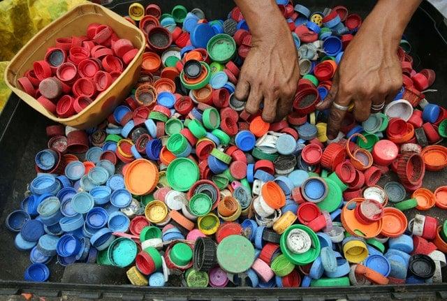 recicla el plástico